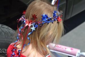 Fourth of July Crafts:  Fourth of July tiara. www.chambanamoms.com