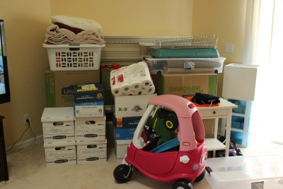 Moving Mom: Box City. Moving in Champaign-Urbana on chambanamoms.com