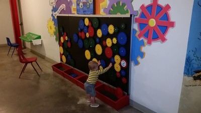 children's museum of Illinois in Decatur mom review on www.chambanamoms.com
