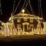 Lighting Up Paxton Christmas Light Display