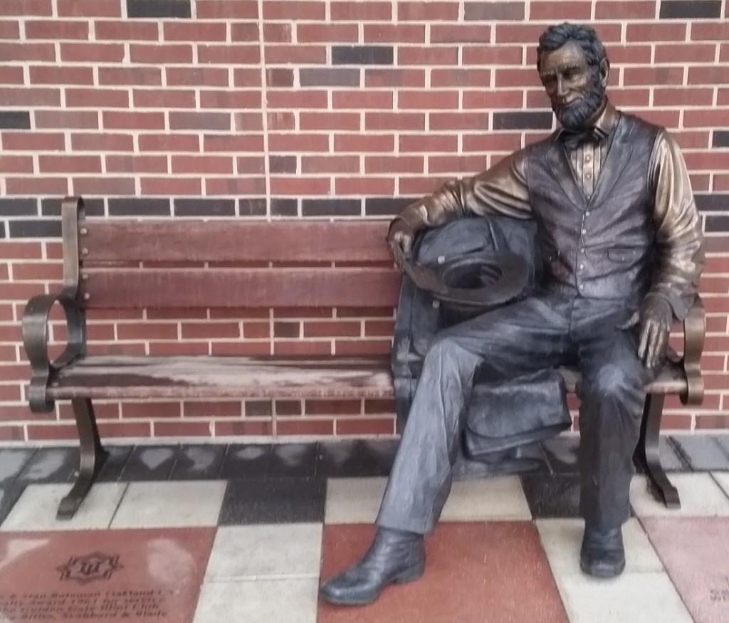 The Lincoln statue outside of Alice Campbell Alumni Center on the University of Illinois Urbana-Champaign campus.