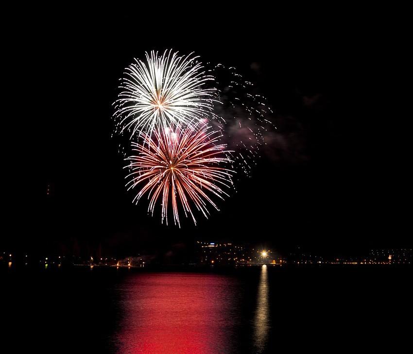 fireworks freedom fest mahomet