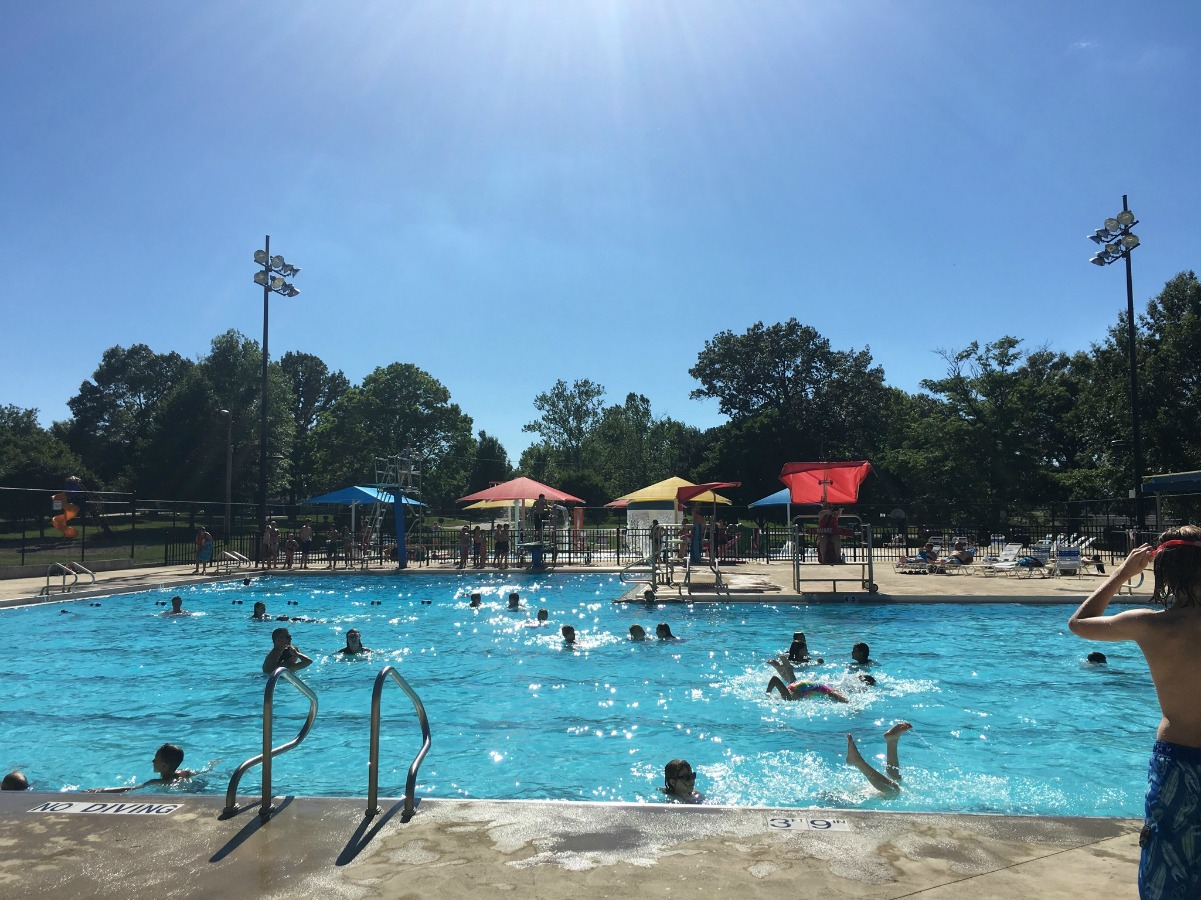 Our Review of the Monticello Pool on Chambanamoms.com