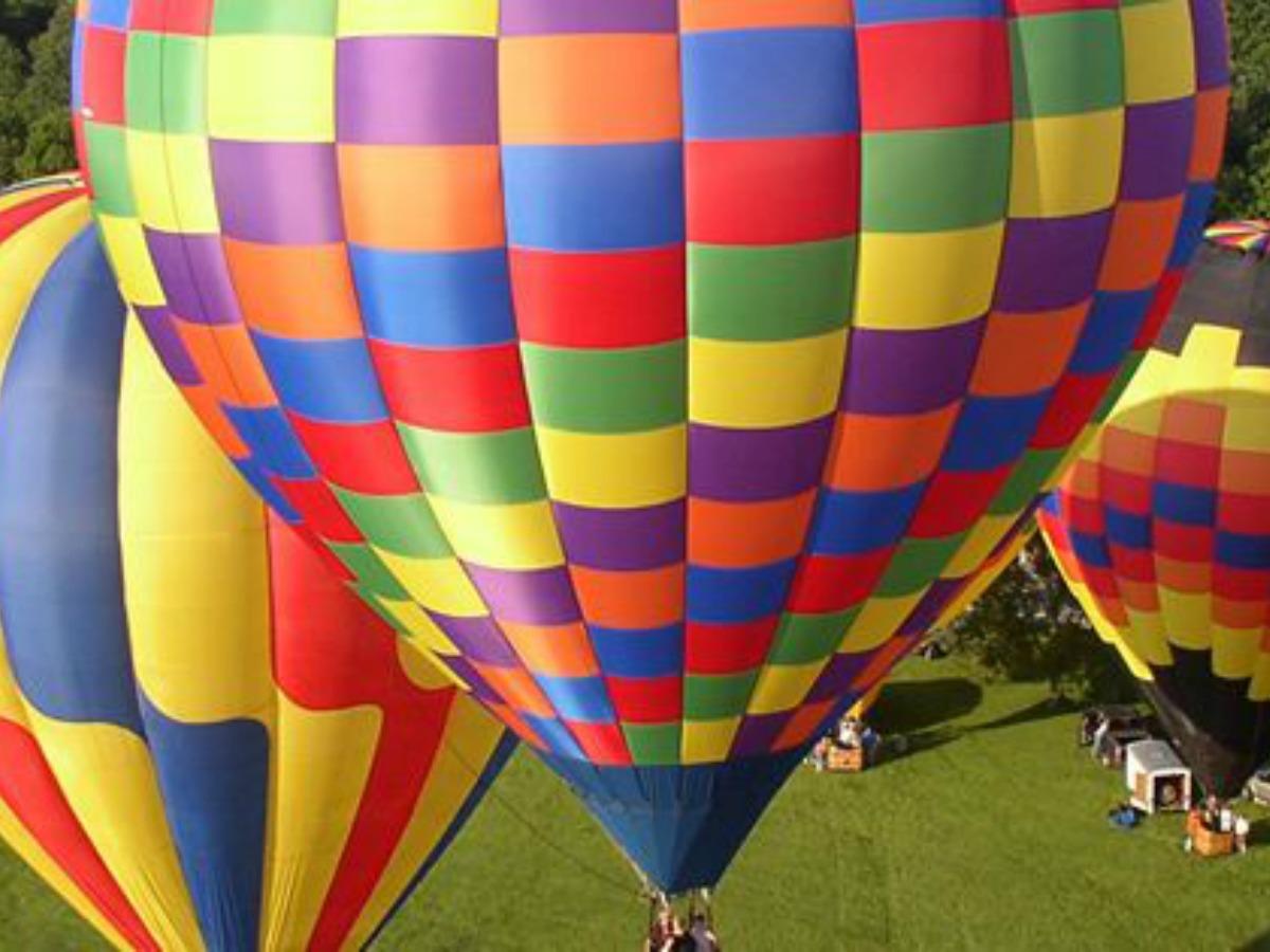 Hot Air Balloon festival in Danville, just outside Champaign-Urbana IL on Chambanamoms.com