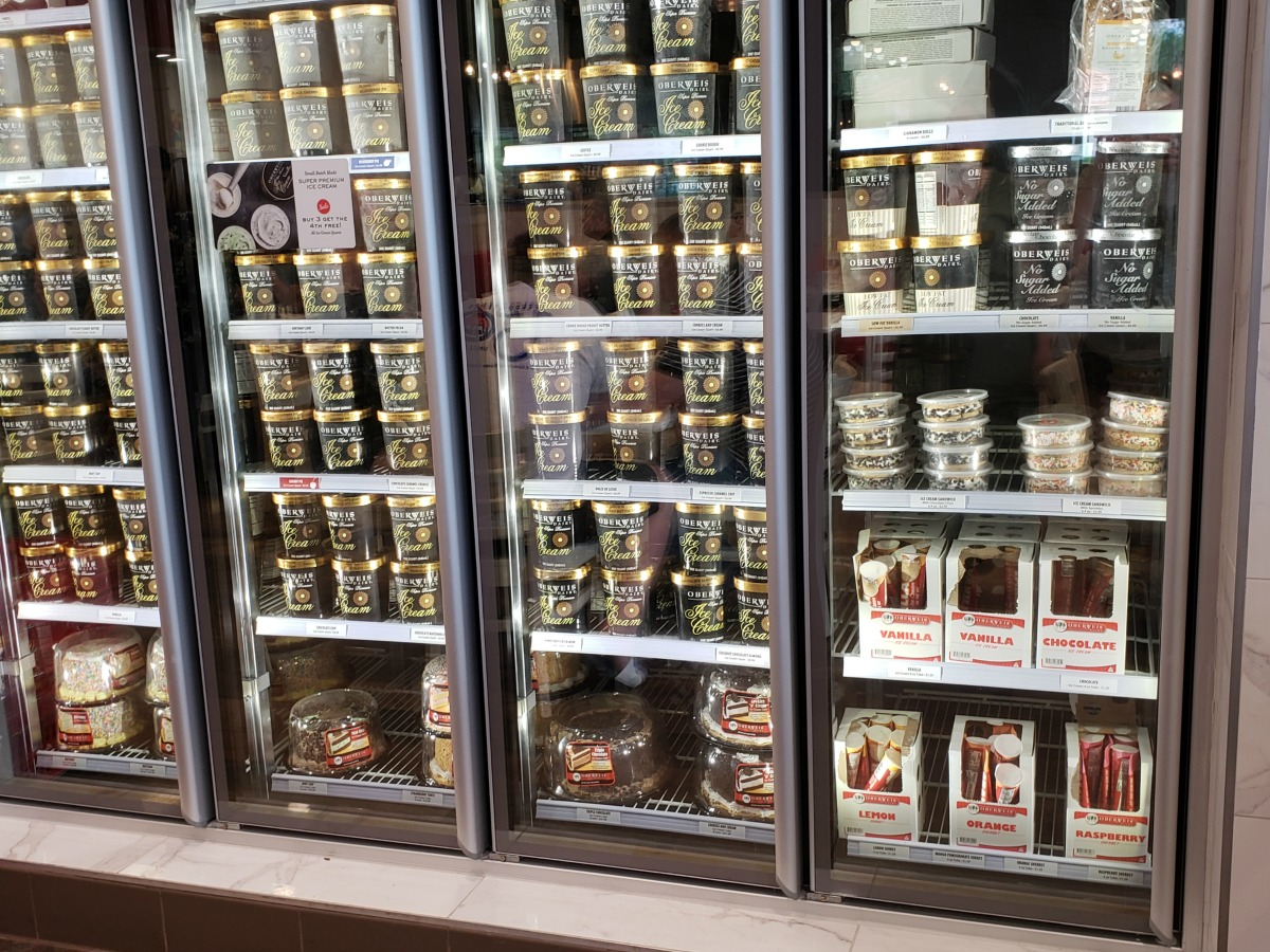 mom review oberweis ice cream and dairy store that burger joint in champaign. Black Bedroom Furniture Sets. Home Design Ideas