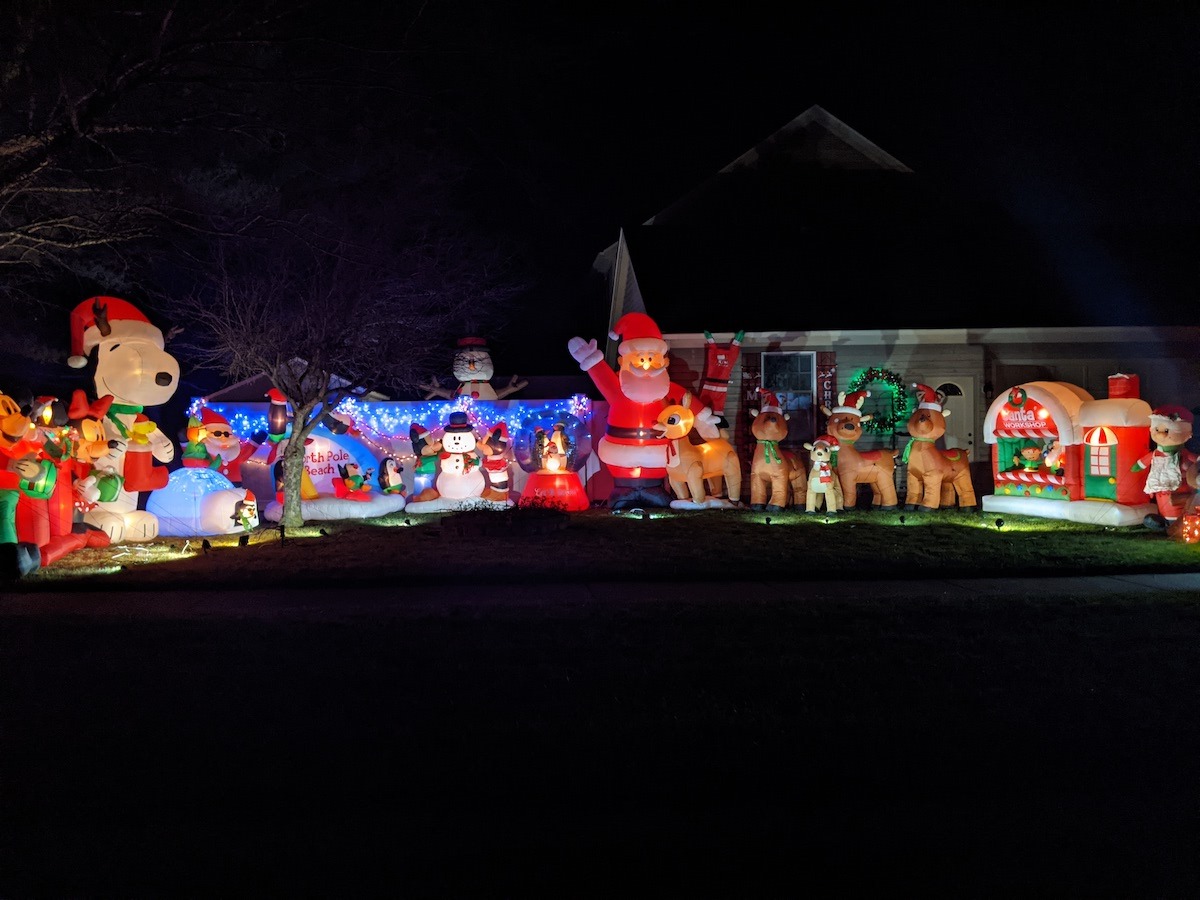 Christmas lights on Manchester champaign Illinois