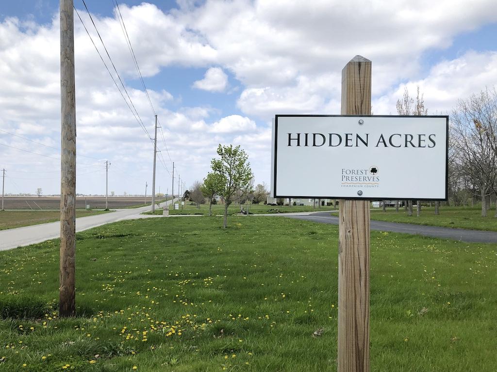 Hidden Acres sign